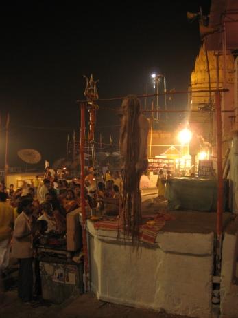 12 sadhu während der zeremonie