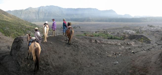 04 man konnte den aufstieg auch mit dem pony zurücklegen