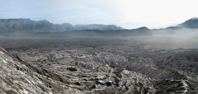 09 mondlandschaft um den krater