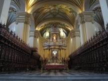 03 Im Inneren der Kathedrale