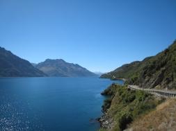 03 Lake Wakatipu auf dem Weg nach Queenstown