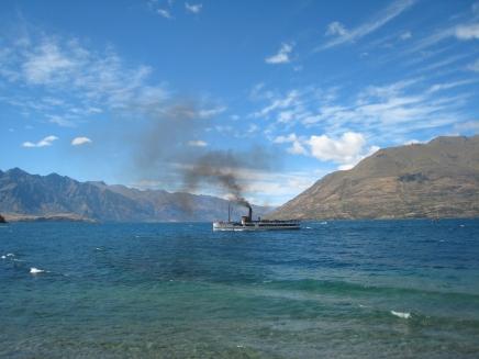 04 Dampfer auf dem Lake Wakatipu