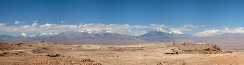 06 Panoramablick auf die vielen Vulkane um San Pedro