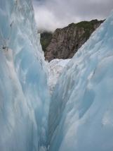 10 Gletscherspalte