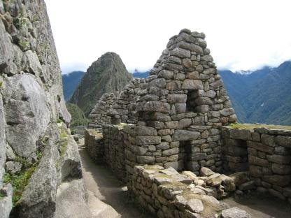 10 Hütten in Machu Picchu