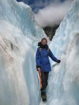11 Ute in einer Gletscherspalte