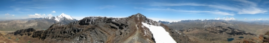 20 Panoramablick vom Gipfel des Chacaltaya